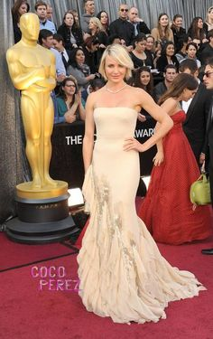 Cameron Diaz #Gucci #oscars (I also loved her presenting with JLo)