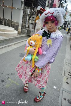 Japanese street fashion in Harajuku, Tokyo fave Japanese Streets, Japanese Street Fashion, Tokyo Fashion, Harajuku Fashion, Kawaii Fashion, Harajuku Style, Kei Visual, Harajuku Japan, Japanese Streetwear