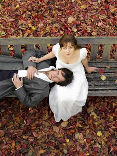 Matthew MacFadyen as Fitzwilliam Darcy and Keira Knightley as Elizabeth Bennet in Pride and Prejudice Jane Austen, Matthew Macfadyen, Keira Knightley, Beaux Couples, Tv Couples, Pride And Prejudice 2005, Elizabeth Bennet, Film Elizabeth, Elizabeth Swann