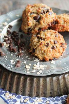 Cookies avoine et chocolat {vegan} My Recipes, Sweet Recipes, Vegan Recipes, Foods To Reduce Cholesterol, Cholesterol Symptoms, Cholesterol Diet, Cholesterol Levels, Cookies Banane, Bowl Cake