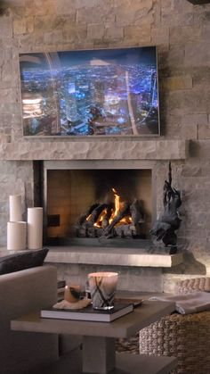 Cabin Interior Design, Home Stairs Design, Industrial Interior Design, Interior Architecture, Fireplace Mantle, Living Room With Fireplace, Fireplace Ideas, Fireplace Design, Steel Building Homes