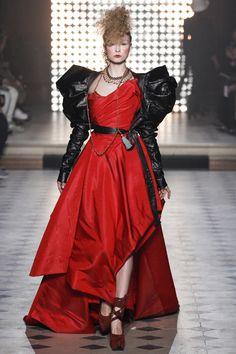 DÉFILÉS PRÊT-À-PORTER AUTOMNE-HIVER 2014-2015 Vivienne Westwood