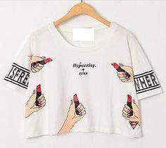 T-shirt pinta labios semi corta