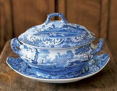 Pictured is Spode's Blue Italian pattern in a Tureen. Spode's Blue Italian pattern introduced in 1816 - with its landscapes, remains a best seller. Blue Dishes, White Dishes, Blue And White China, Blue China, Vintage Dishes, Vintage China, Delft, Italian Pattern, White Soup