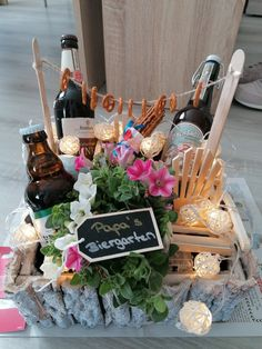 Gift Boxes, Van, Table Decorations, Gifts, Food, Ideas, Beer Garden, Gifts For Birthday, Diy Gifts