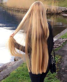 Beauty, make-up en schoonheidsproducten Beautiful Long Hair, Gorgeous Hair, Curled Hairstyles, Cool Hairstyles, Long Blonde Curls, Thick Hair Bob Haircut, Hair Junkie, Natural Hair Styles, Long Hair Styles