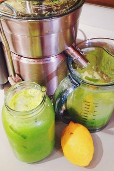 The Ultimate Liver & Kidney Cleansing Juice. drink this delicious juice cleanse drink for a week and you will notice a difference. Smoothie Detox, Healthy Smoothies, Healthy Drinks, Healthy Eating, Healthy Detox, Easy Detox, Simple Smoothies, Healthy Juices, Fruit Smoothies