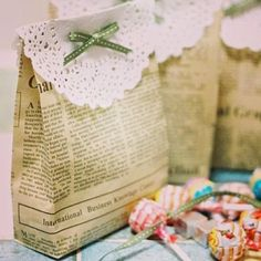 How to Recycle: Green and Eco-Friendly Gift Wrapping Ideas