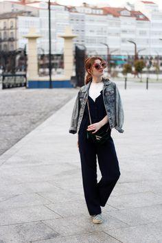 Blue jumpsuit and velvet bag- Martina Lubian