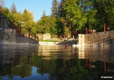 Idaho: The natural heated pools of Lava Hot Springs | Baldhiker