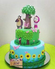 Birthday Party At Park, Themed Birthday Cakes, Bear Birthday, Disney Birthday, Marsha And The Bear, Bolo Fack, Cake Decorating Frosting, Lego Cake, Bear Party