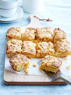 Sweet Desserts, Just Desserts, Sweet Recipes, Eat Dessert First, Dessert Bars, Cake & Co, Brownie Cake, Baked Goods, Bakery