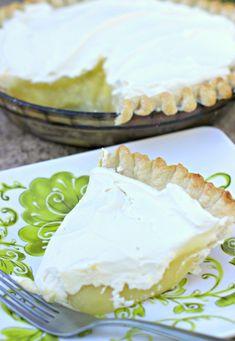 Lemon Cream Pie. Thi