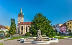 Neptune Fountain and Cathedral of Saint Nicholas in Presov. Beautiful Places In The World, Most Beautiful, Bratislava, Salt Mining, Saint Nicholas, Next Holiday, Central Europe, Small Towns, Fountain