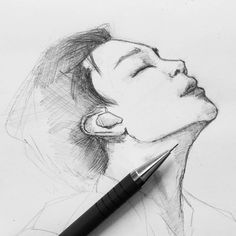 @eluwkaa Чиминщи готов🌚👌Три часа возилась с его прекрасным подбородком, всю бумагу истерла. Зато поняла, что вне дома я рисую намного лучше, чем… Guy Drawing, Drawing People, Drawing Practice, Painting & Drawing, Jimin Fanart, Kpop Fanart, Kpop Drawings, Kawaii Drawings, Korean Art
