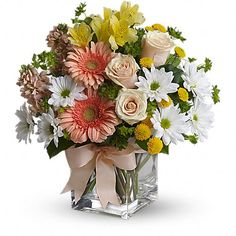 Mix flowers arrangements for your loved one.