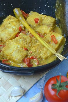 Seafood Dishes, Fish And Seafood, Fish Recipes, Asian Recipes, Nasi Goreng, Indonesian Food, Curry, Cooking Recipes, Vegetarian
