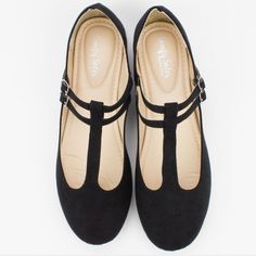 Black Velvet Double Buckle Mary Jane Flats 6.5 Brand new! Size 6.5 . Run a little small will fit a 6-6.5 Shoes Flats & Loafers