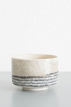 Decoration: I like the way the subtle lines at the bottom add imperfection/character to the piece.Yasuko Hasuo Dash Bowl by Koromiko Japanese Ceramics, Japanese Pottery, Modern Ceramics, Ceramic Tableware, Ceramic Bowls, Ceramic Art, Kitchenware, Pottery Pots, Ceramic Pottery