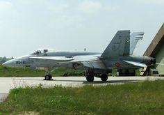 Un EF-18A Hornet del Ejército del Aire de España en la Base Aérea de Skrydstrup, Dinamarca.