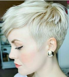 Top Hairstyles for Blondes - Styles Art