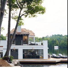 home exterior | lakeside, white, modern