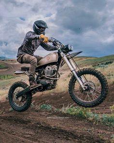Best Honda Scrambler Ideas For You Honda Scrambler, Cafe Racer Honda, Scrambler Motorcycle, Honda Xl, Vespa, New Motorcycles, Classic Motors, Dirtbikes, Custom Bikes