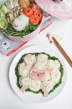 Sheep noodles & rice balls bento tutorial