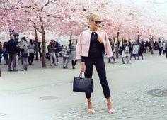 janni-deler-pink-flowersDSC_5727