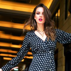 Newest fashion photography inspiration:) Outdoor Fashion Photography, Fashion Photography Inspiration, Polka Dot Top, New Fashion, Cool Style, Athens, Eye, Clothes, Tops