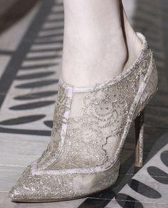 valentino haute couture autumn/winter 2011-2012