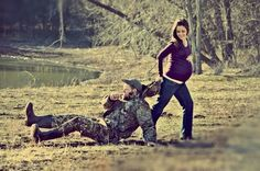 Cute pic to announce a baby! Or not prego and cute pic for engagement