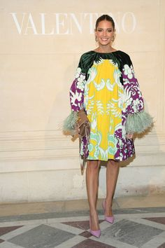 Helen Bordon attends the Valentino Haute Couture Spring Summer 2019 show as part of Paris Fashion Week on January 2019 in Paris, France. Couture Fashion, Runway Fashion, Fashion Show, Fashion Outfits, Womens Fashion, Paris Fashion, Merian, Italian Fashion Designers, Chic Dress