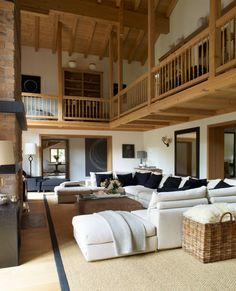 coliform sofas - The White Company ski chalet Haus Alpina, Klosters, Switzerland. Plan Chalet, Ski Chalet, Metal Building Homes, Building A House, Style At Home, Future House, Chalet Interior, Casa Loft, Pole Barn Homes
