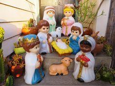 9Pc Christmas Blow Mold Creche: Illuminated Child by MerlesVintage