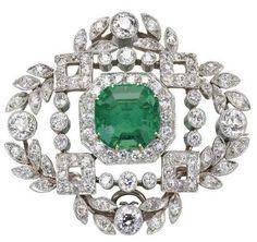 Belle Epoque emerald and diamond brooch
