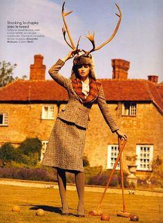 Alexander McQueen tweed suit, worn by Trish Goff -Koto Bolofo foto for French Elle @Artichoke Mackerel