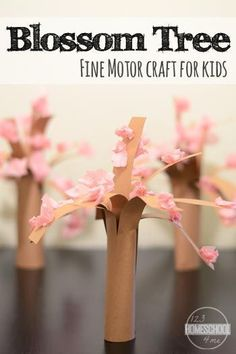 Spring Blossom Tree Craft for Kids - this is such a cute, easy to make spring craft for kids. This is perfect for preschool, prek, kindergarten, first grade, and 2nd grade kids.
