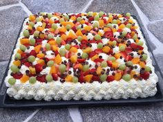 Fika, Fruit Salad, Cheesecake, Food And Drink, Candy, Cookies, Desserts, Muffins, Recipes