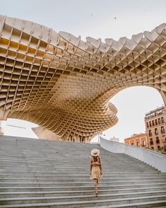 metropol parasol in sevilla spain Best Places To Travel, The Places Youll Go, Cool Places To Visit, Places To Go, Spain And Portugal, Spain Travel, Travel Inspiration, Travel Ideas, Travel Tips