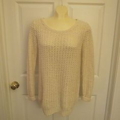 YOU CAN GET A WHOLE OUTFIT HERE FOR UNDER $25, HURRY SHOP TODAY, EVERYTHING 60% OFF.  Sun and Shadow Ivory Sweater Scoop Neck Wool/Mohair Blend Size Small #SunandShadow #ScoopNeck #Any