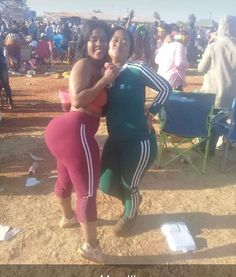 """bbwbootyinspector: """"It takes 2 """" Team Smashed Africa Thing 1, Curvy Outfits, Sexy Curves, Wetsuit, Take That, Beautiful Women, African, Sporty, Female"""