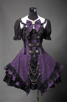 Beautiful gothic lolita dress via #Beautiful Skirts
