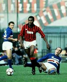 Luther Blissett of AC Milan in action against Sampdoria in 1983.