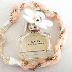 Daisy Marc Jacobs by lilmelinn
