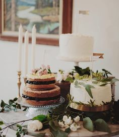 Simple layer cakes + greenery.