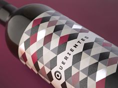 Querientes / Wine label designed by www.pagadisseny.com