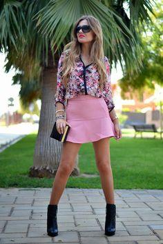 falda rosa & camisa estampada