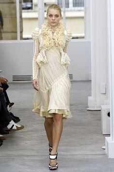 Balenciaga Spring 2006 Ready-to-Wear Fashion Show - Jessica Stam (IMG)