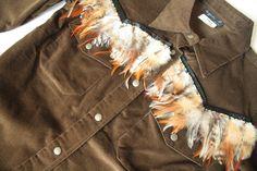 -Размер 42-44- шикарная рубашка французского дизайнера Agnes B. Оригинал, 100% хлопок, декор из натуральных перьев отстегивается. стоимость 18000 рублей.